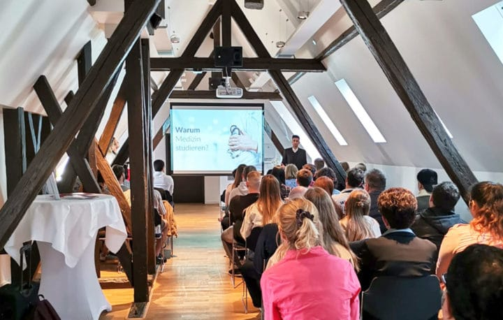 Infoveranstaltung in Frankfurt über das Medizinstudium in Bratislava