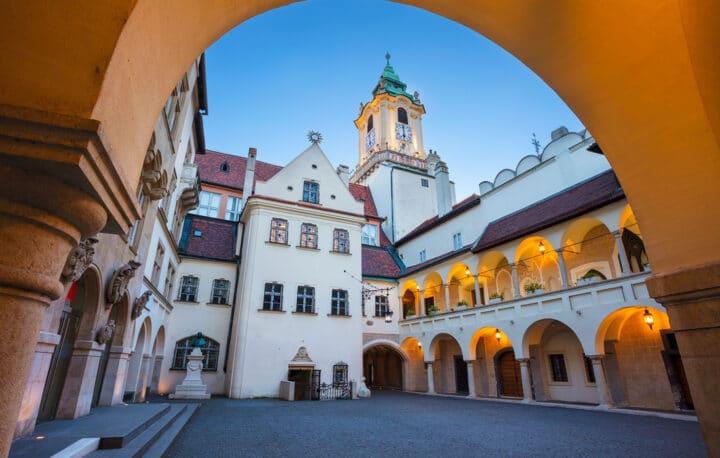 Rathaus im Stadtzentrum von Bratislava
