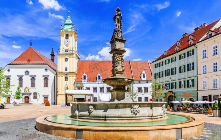 Hauptplatz im Stadtzentrum in Bratislava
